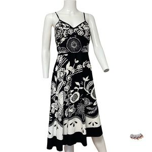 💋 XL ALine Embroidered Halter Dress